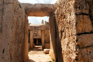 Entry into Mnajdra temple